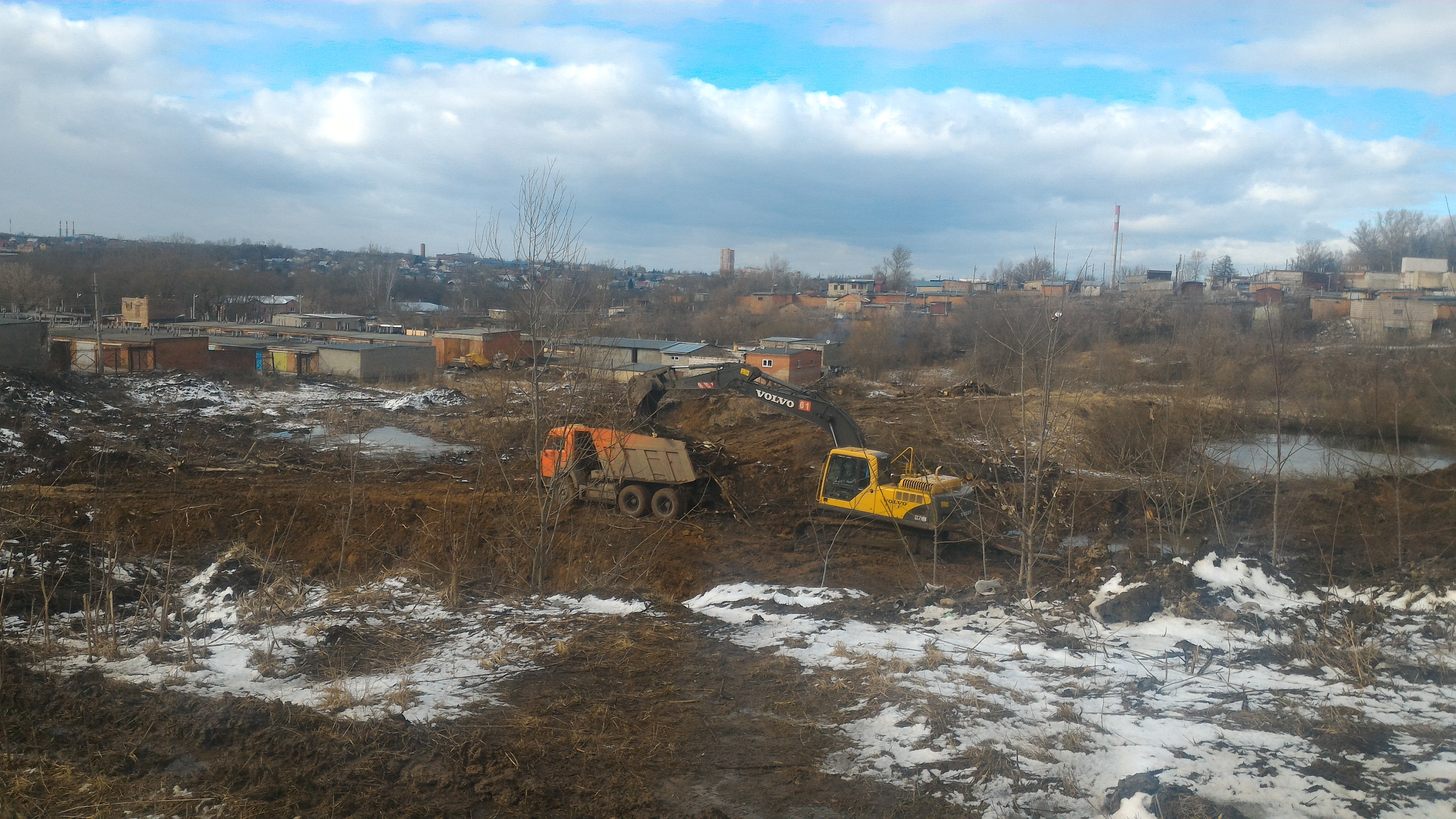 Расчистка участка под строительство. г. Тула, ул. Макаренко.